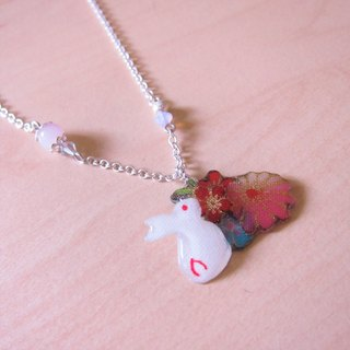 Color pink stone rabbit (silver) // 2nd use Accessories / Accessories Cloth / pair of small white rabbit necklace hand-made