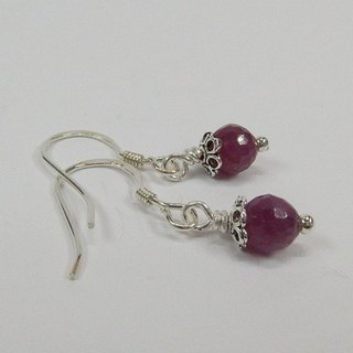 """Red drop"" - Advanced Natural ruby ​​silver earrings original design in Hong Kong"