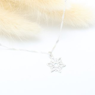 Christmas Snowflake Snow s925 sterling silver necklace Valentine's Day gift