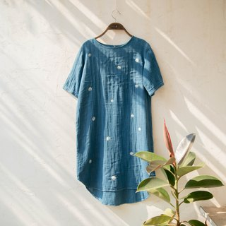 polka dot dress | indigo dyed soft cotton | 05