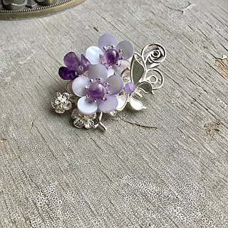 Hand-made ~ meow shells plum small clip (purple / silver bottom)