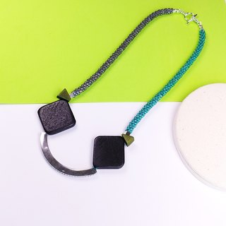 Black Block - Say Cheese! Beaded Necklace