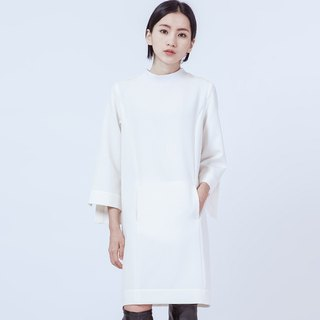 袖開衩長上衣 Dress With Sleeve Slit