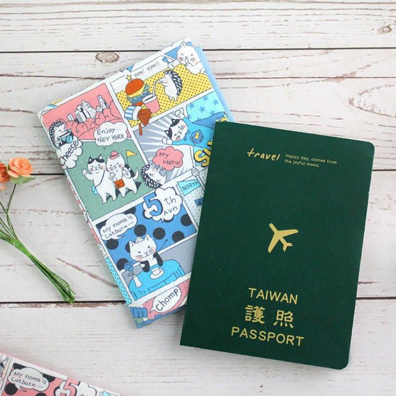 Chuyu 台灣花布護照套/護照包/護照夾-漫遊紐約貓咪
