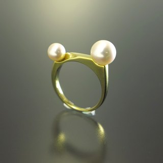 "Japan Quality | Single Finger Ring ""Mermaid"" Brass×Pearl"