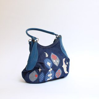 Embroidery from the sky · Granny bag