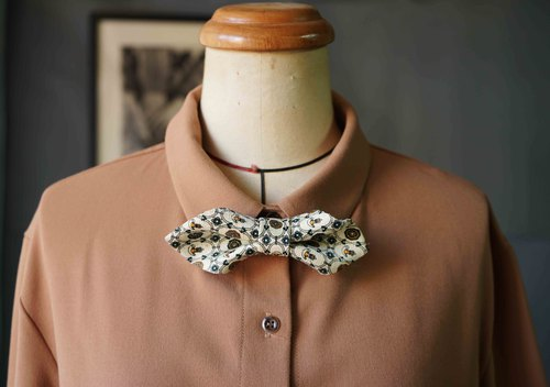 Marriage Graduation Gift - Antique Cloth Tie Tie Handmade Bow Tie - Missing Word White - Wide Edition