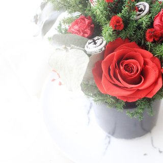 Red Party Christmas Small Round Table Flower, Crimson Everlasting Rose Flower Ceremony