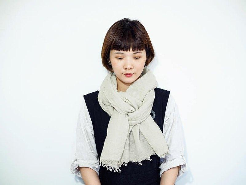 輕柔溫暖的亞麻混羊毛圍巾(小)