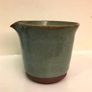Hand made celadon tea sea A