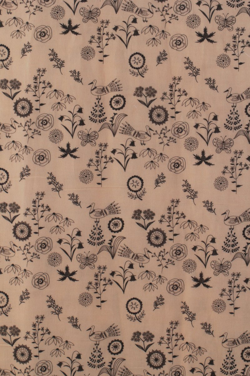 Life in the Golden Age × Ancient Xiaoyin Illustration Fabric - wild garden (Pink Tangerine)