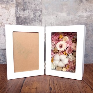 | A gentle dream | Not withering. Dry flowers. Flower photo frame. wedding. commemorate. gift