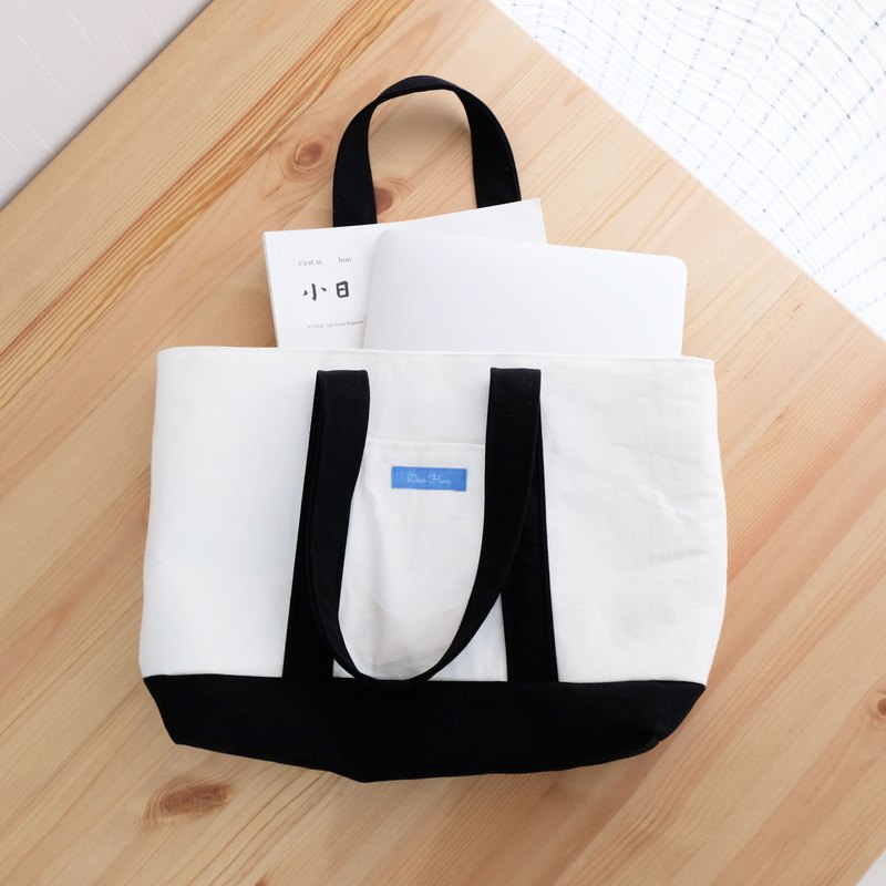 Canvas Tote Bag / Black and White Classic