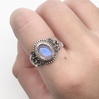 Moonstone 925 sterling silver exotic silver carving ring Nepal handmade mosaic production (style 1)