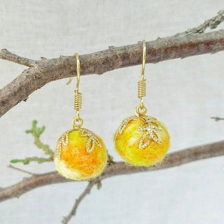Oranges - Handmade Felt Earrings (Clip-on Available)