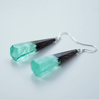 [handmade custom] iron knife wood cold night aurora ice crystal earrings