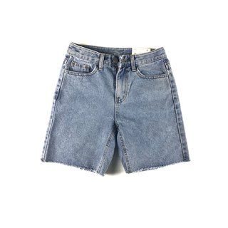 women cropped mid rise short jeans - light blue