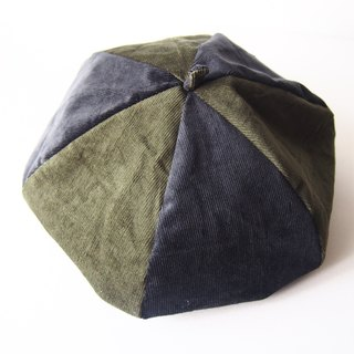 Be a Painter - Handmade Beret | Double sided (black x dark green)