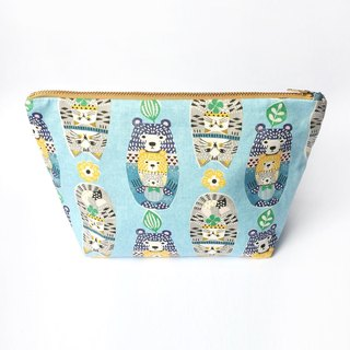 Matryoshka Doll Canvas Large Zipper Pouch, Cute Bear Cat Cosmetic Bag