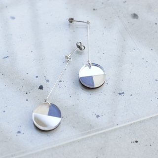 Swing Three tone mirror earrings / navy-silver