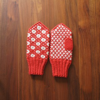 Traditional Scandinavian pattern mitten Vermillion × white
