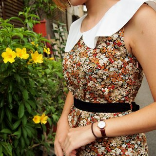 If you love retro ─ good white-collar waist dress