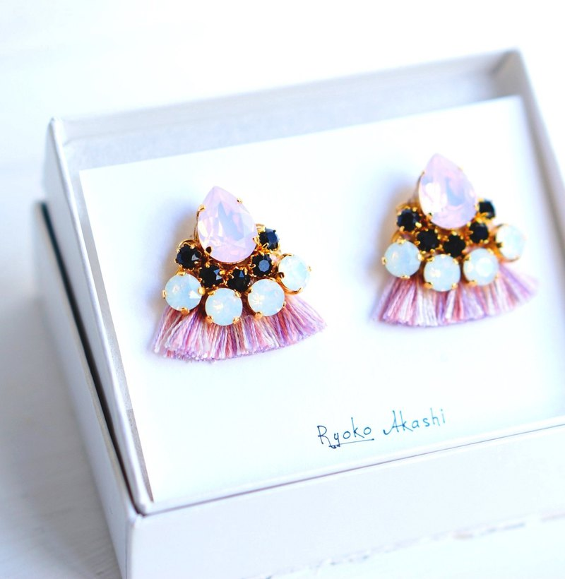 Silk and Swarovski post earrings / clip-on Pink Mix