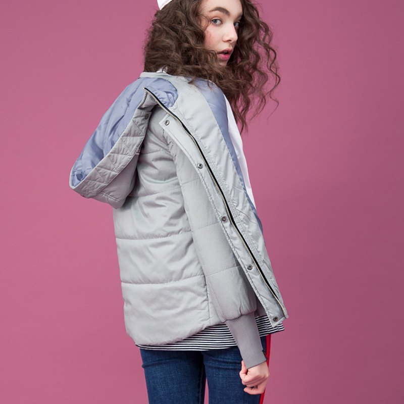 Womens Waist Length Quilted Jacket / Sliver