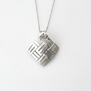 Pure tin necklace (intertwined)