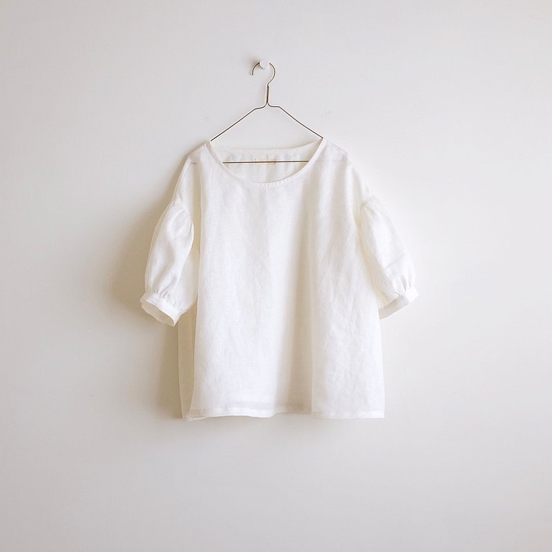 Daily hand-made clothes through white puffing sleeves five-point sleeve wide blouse linen