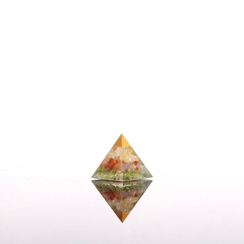 金雨-奧剛迷你金字塔Orgonite水晶礦石金屬開運招財聚寶盆健康運
