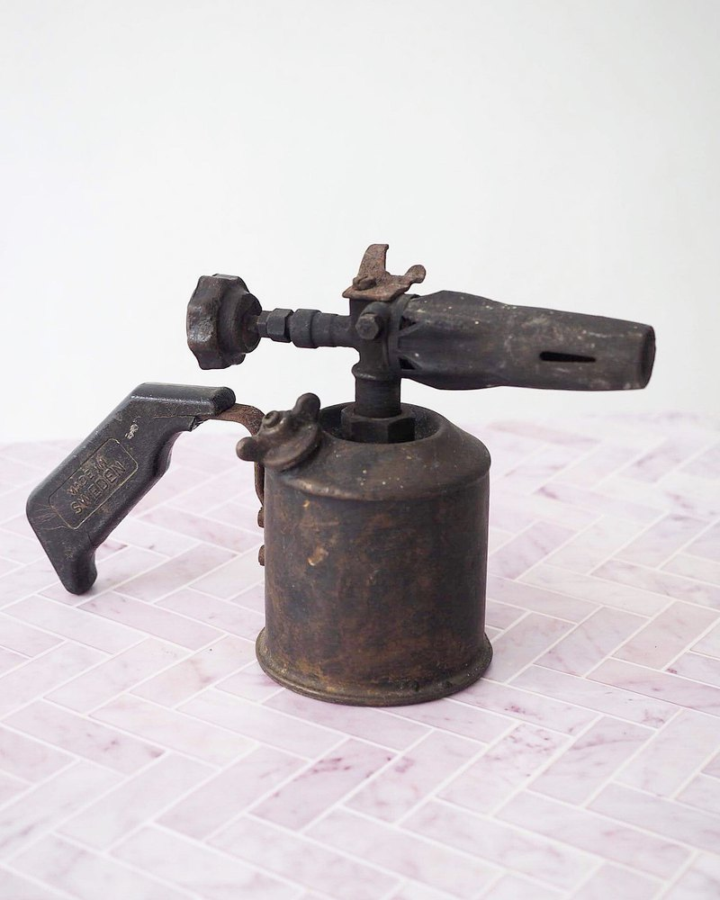 European early blowtorch B