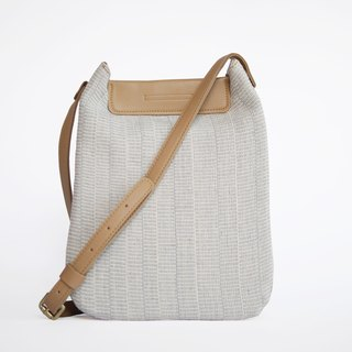 CUDTHAI: LIMITED HAND-WOVEN CROSS BODY BAG - BLUE WITH WHITE