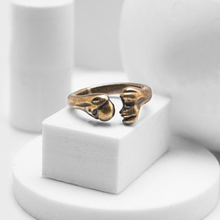 Thigh bone ring (bronze)