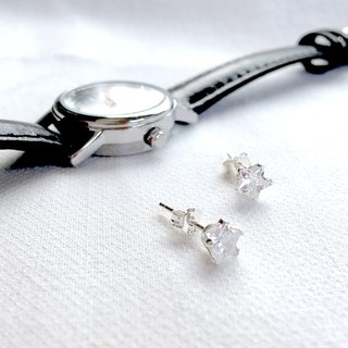 Phoebe Classic Little Star S925 Sterling Silver Earrings Anti-allergy