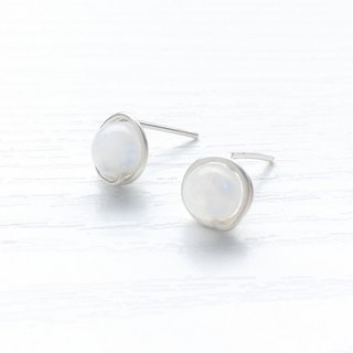 <GENIES> Limited Moonstone Silver Earrings Clip On Earrings or Ear Cuffs