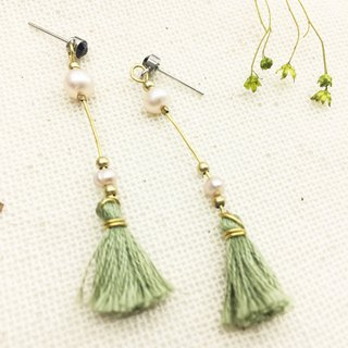 Laolin groceries l natural Shanghai pearl X Japanese embroidery thread hand tassel earrings ear hook l ear pin l ear clip