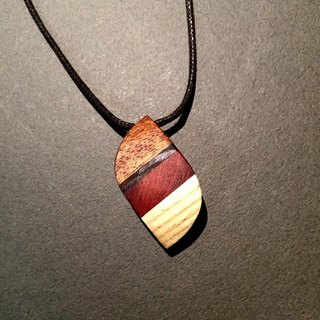 Four-color leaf _ Wood Necklace