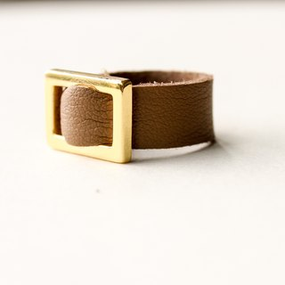[Daily Daily] Gold Button Leather Brown Ring