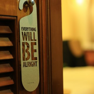 "[EyeDesign see design] a word door hanging ""EVERYTHING WILL BE ALRIGHT"" D17"
