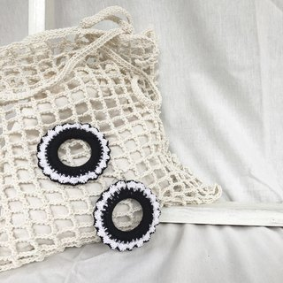 Black-White A crochet earring