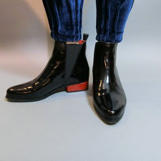Pointed red boots || Witch rock party oil wax black || # 8087