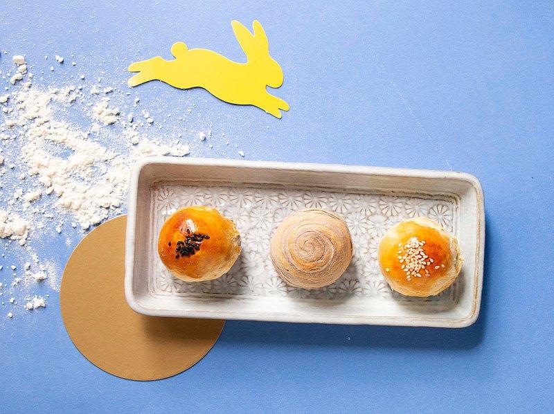【2021 牛轉錢坤-港澳最受歡迎年節禮盒】緹亞莫Teyamo 綜合蛋黃酥禮盒 贈賀卡