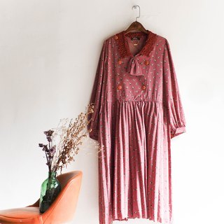 Heshui Mountain - Kumamoto Berry Pink Lace Collar Youth Hand-stamped Vintage Silky Dresses dresses overalls oversize vintage dress