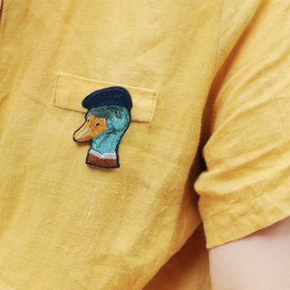 Animal embroidery pin / brooch - mallard
