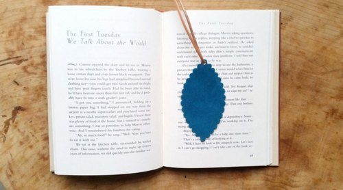 Leather cowhide - Travelers bookmarks / Charm (Turkish blue) - Free custom English name / Sentence typewriting service