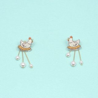 Chicken laying eggs earrings
