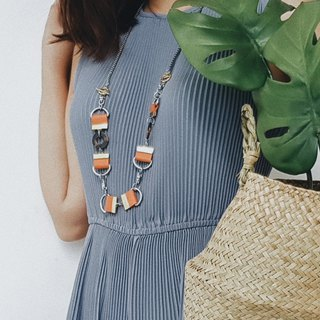 LEXI Necklace :PERSIMMON