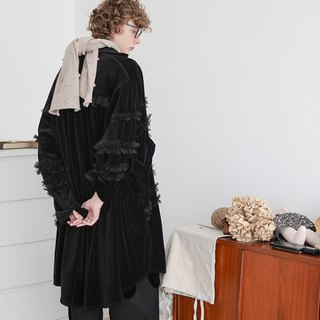 Black embellished lace coat - imakokoni