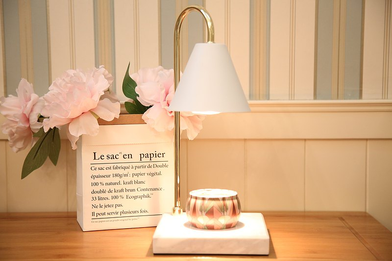 北歐風大理石融蠟燈/蠟燭暖燈-優雅白--現貨-送精油大豆蠟燭